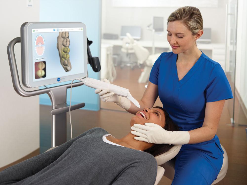 3D-Scan Patient Kieferorthopäde Köln