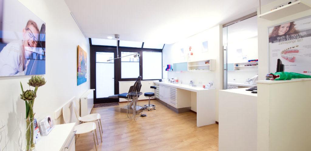 Kieferorthopädische Behandlung Köln Schnarchtherapie KFO